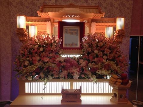 葬儀祭壇花
